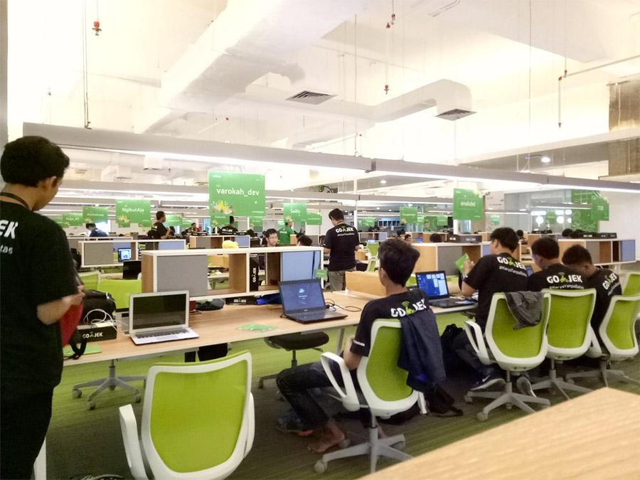 Bagian dalam kantor Gojek